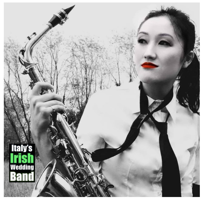 Italy's Irish Wedding Band Saxophonist and Classical Pianist Thasie italysirishweddingband.com